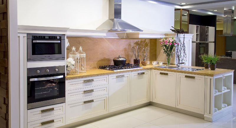 Interwood signature kitchens workstations and wardrobes for Interwood kitchen designs pakistani
