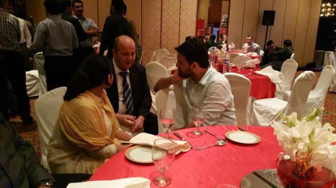 Bloggers in deep conversation with Turkish Airlines GM [South] Pakistan, Mr Fatih